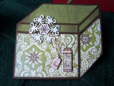 Chrissie_cards_and_christmas_play_5